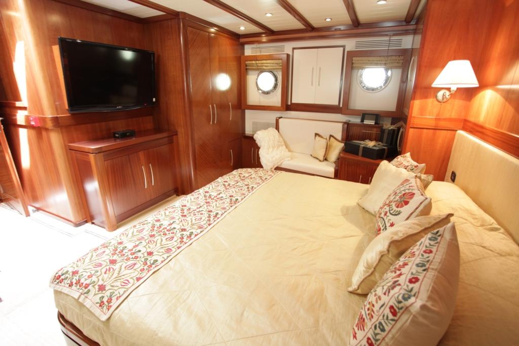 Sail Yacht DON CHRIS - Master Cabin