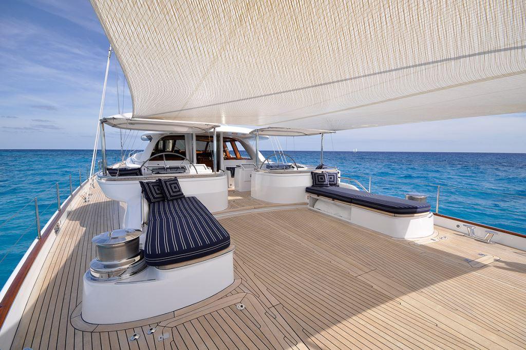 Sail Yacht HYPERION -  Aft Deck 2