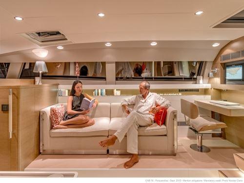 Sail Yacht LEO -  Salon Couch