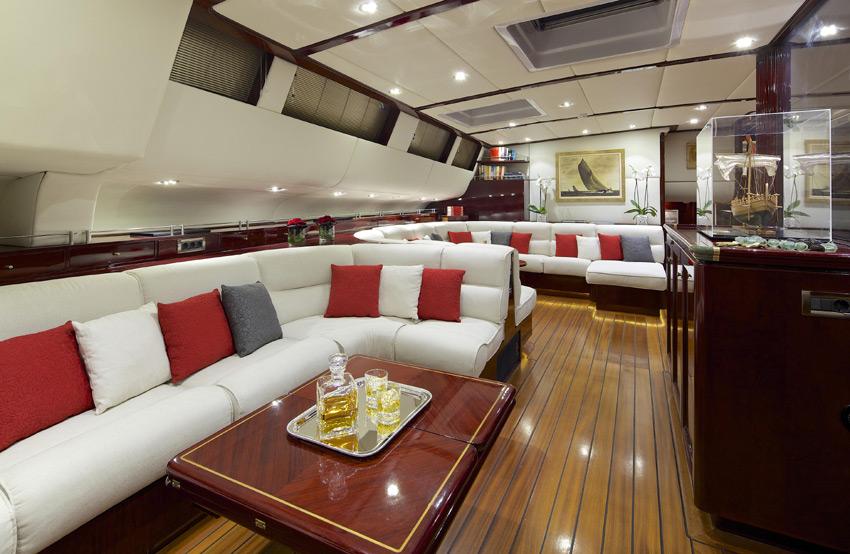 Sail yacht ALLURE -  Lower Salon 2