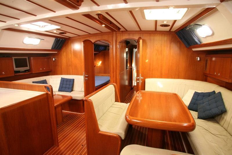 Sail yacht ATREVIDA - Salon