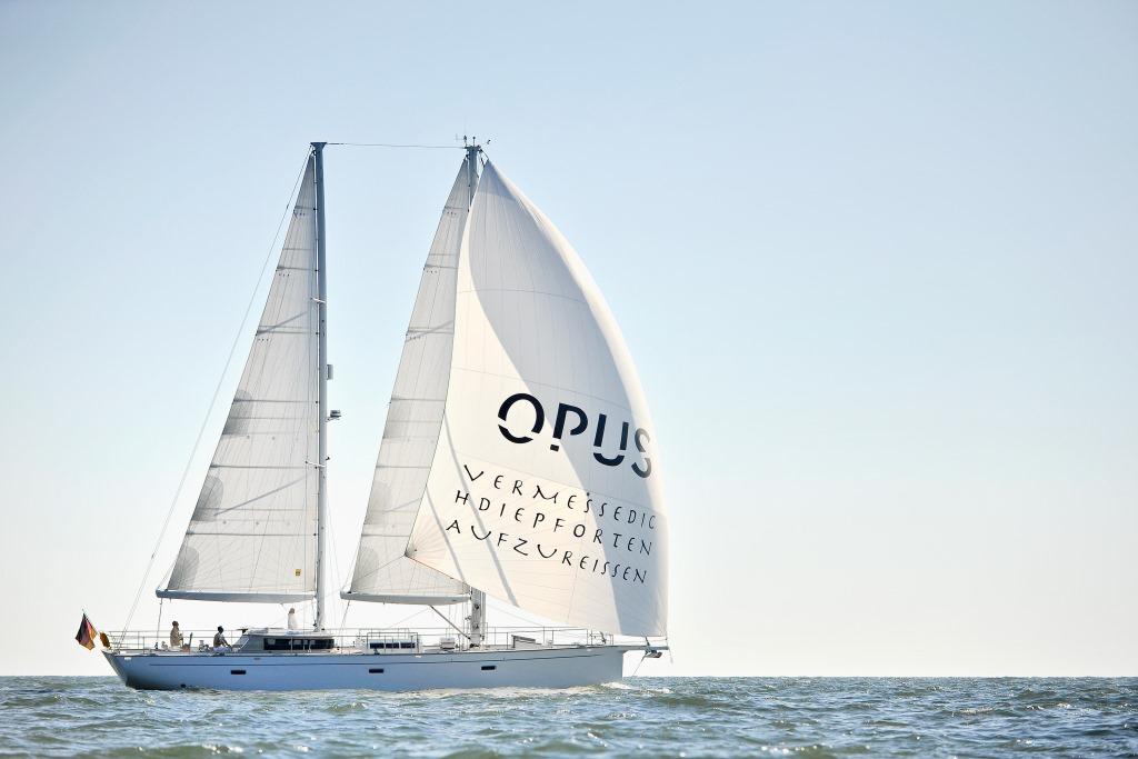 Sail yacht HELENE - 010