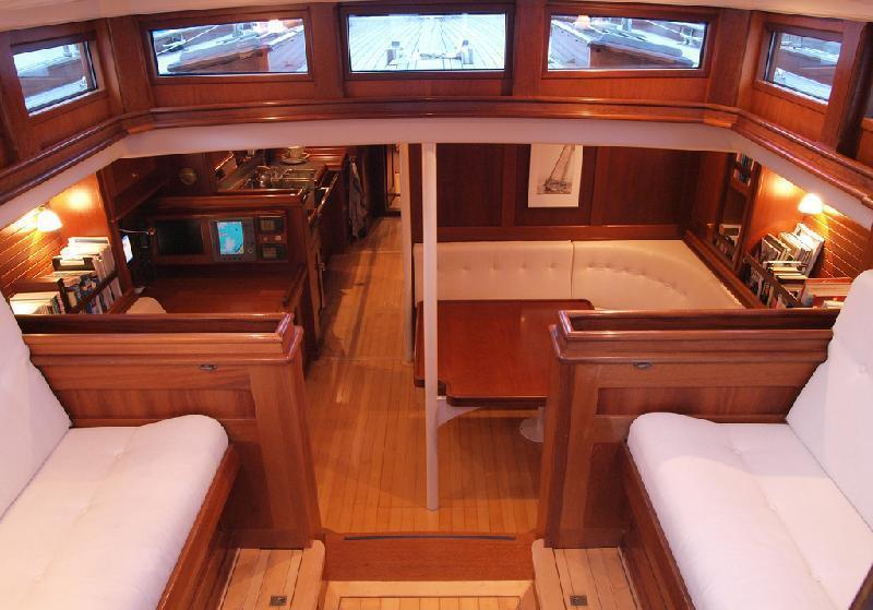Sail yacht LADY ANN -  Pilothouse and Salon