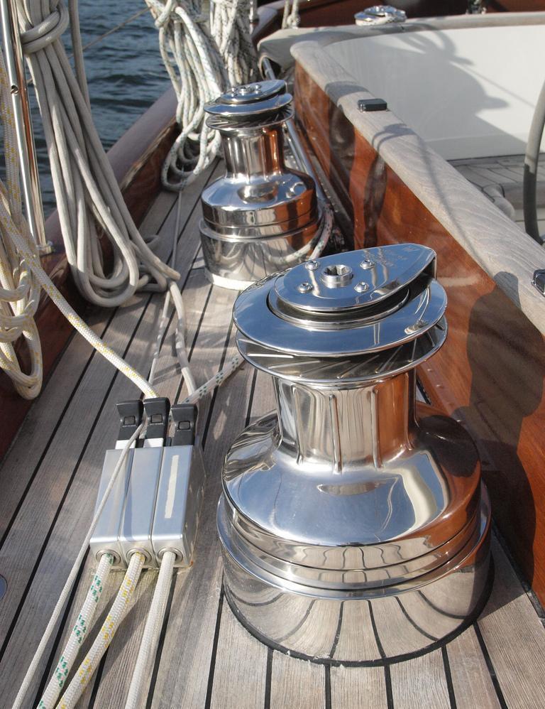 Sail yacht LADY ANN -  Winches