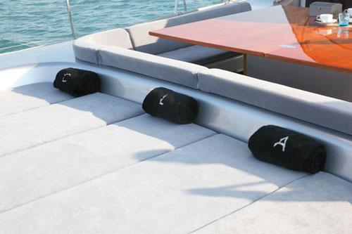 Sailing Yacht ATTIMO - Sunpads