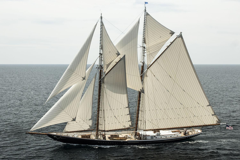 Sailing Yacht COLUMBIA - 001