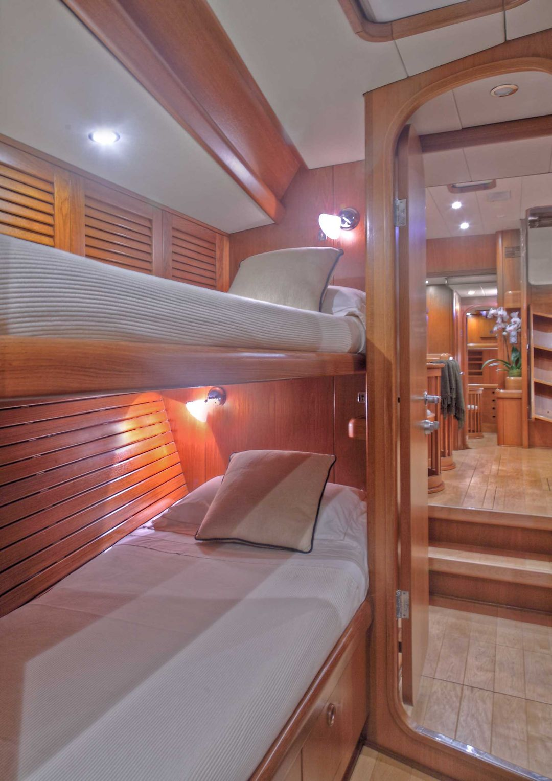 Sailing Yacht CONSTANTER - Twin cabin