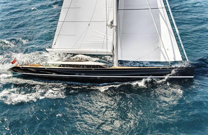 Sailing Yacht Kokomo III - Sailing To Windward