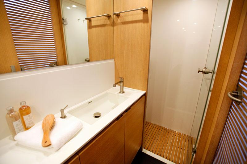 Sailing yacht ALIX - Master Bathroom