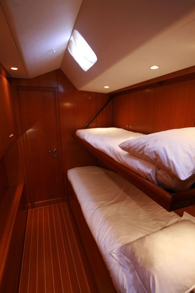 Sailing yacht ALPINA -   Twin Cabin View 2