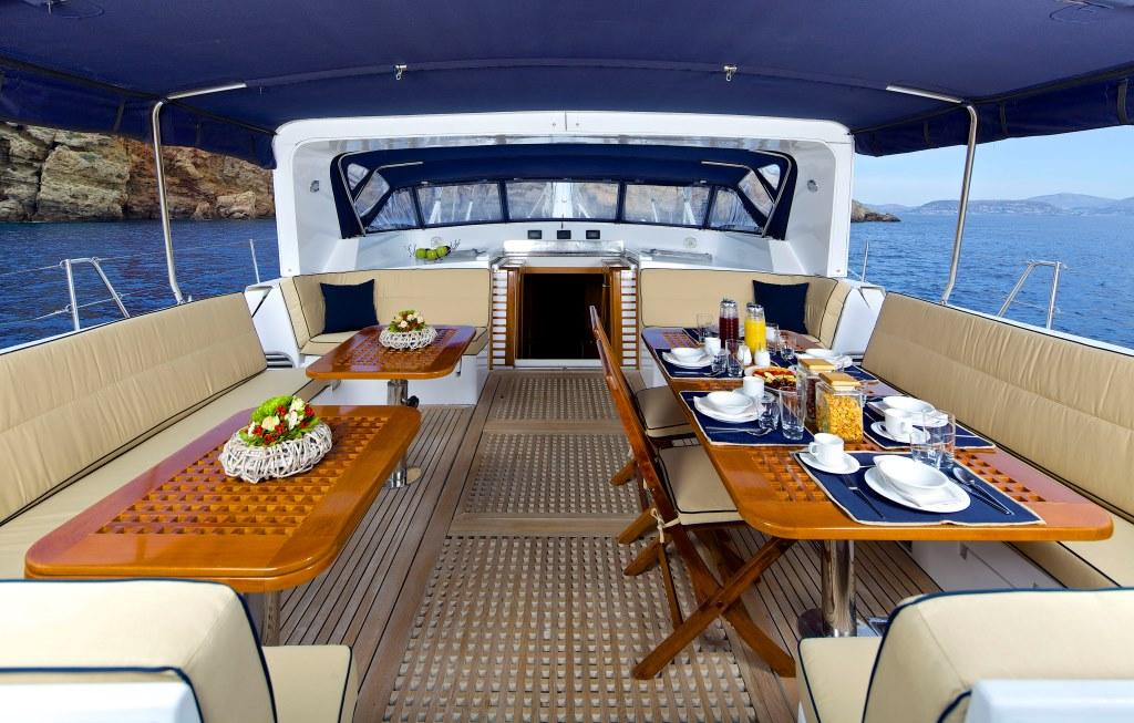 Sailing yacht AMADEUS - Cockpit Dining 2