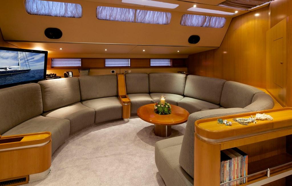 Sailing yacht AMADEUS - Salon
