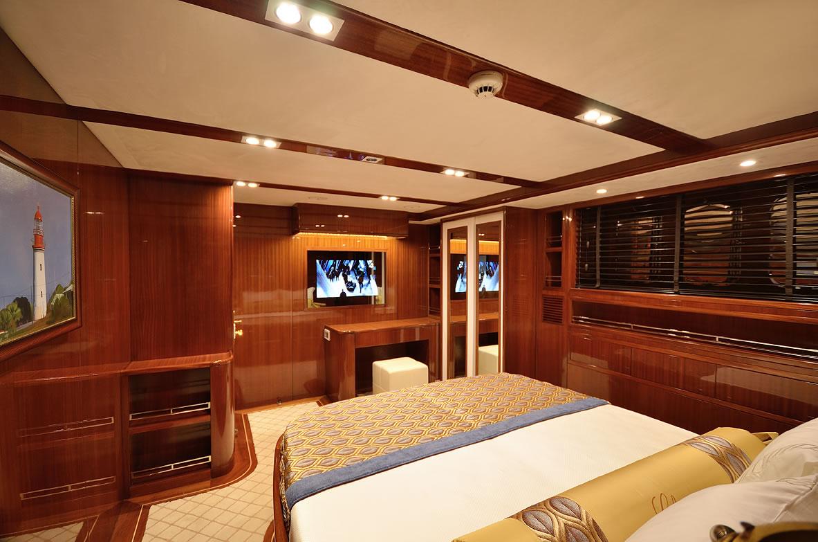 Sailing yacht GLORIOUS -  VIP Cabin