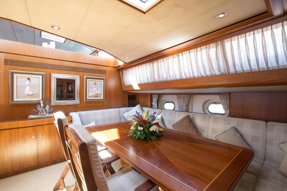 Sailing yacht INFATUATION - Salon Dining