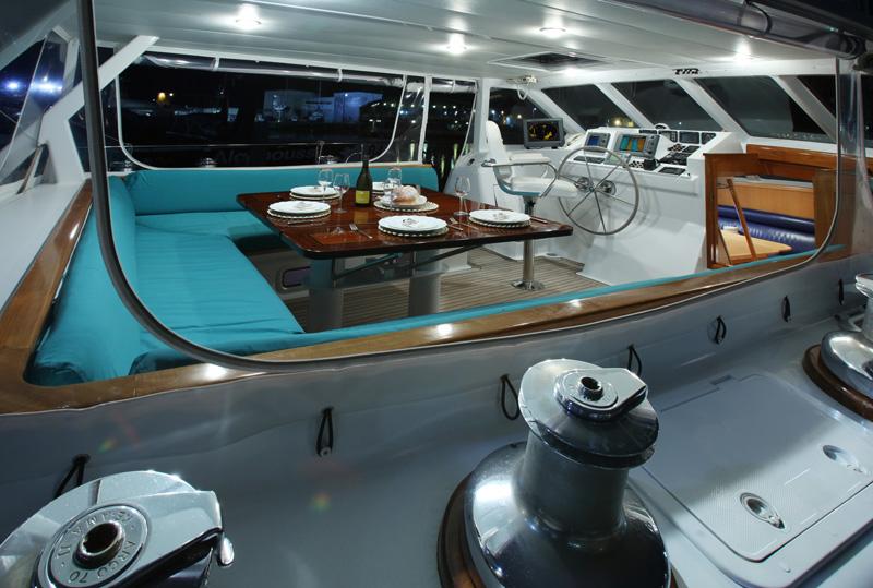 Sailing yacht KE-AMA II -  Cockpit 2
