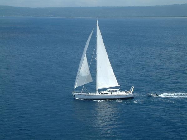 Sailing yacht KE-AMA II -  Cruising