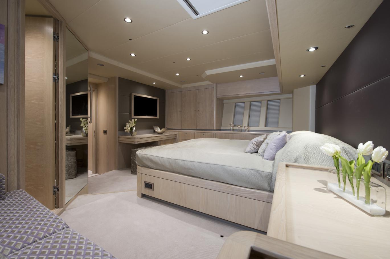 Sailing yacht LUSH - Master Cabin 2