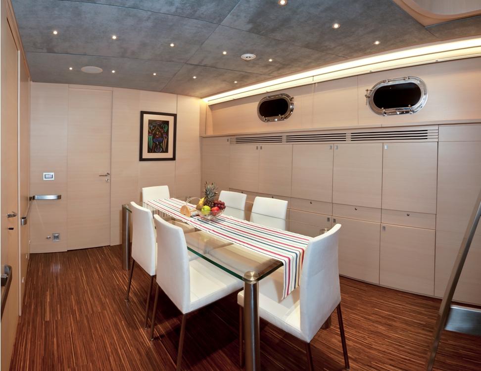 Sailing yacht Merlin -  Dining