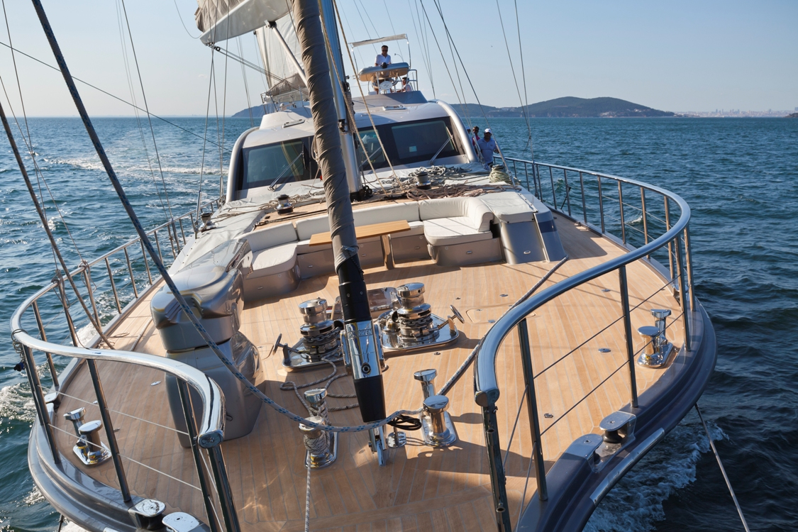 Sailing yacht Merlin -  From the Bow