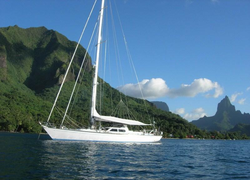 Sailing yacht PLUM -  Main