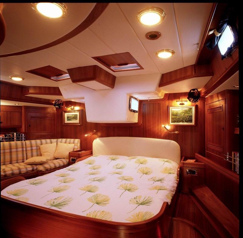 Sailing yacht PLUM -  Master Cabin