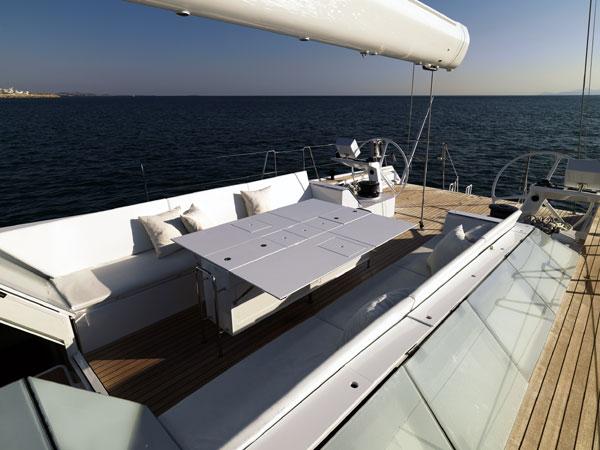 Sailing yacht POLYTROPON II -  Cockpit and Dining