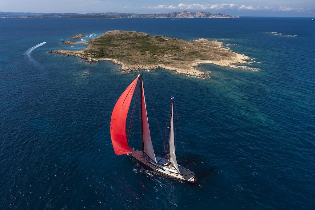 Sailing yacht Seahawk