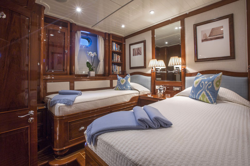Sailing yacht WHISPER -  Twin Cabin