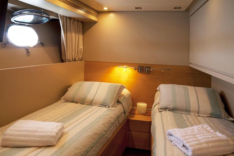 San Lorenzo Motor Yacht GOTA - Twin cabin