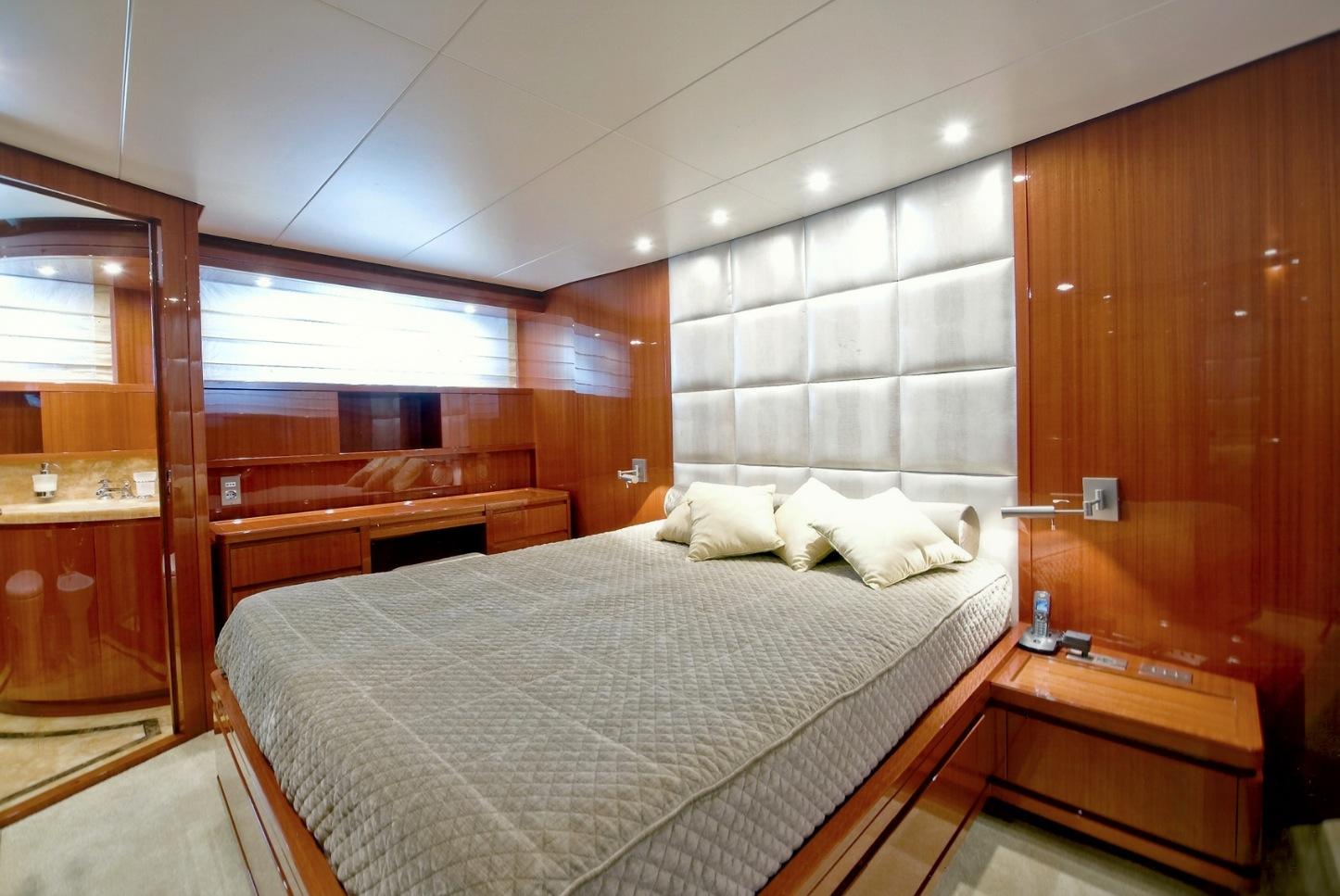 San Lorenzo Yacht GPS -  VIP Cabin