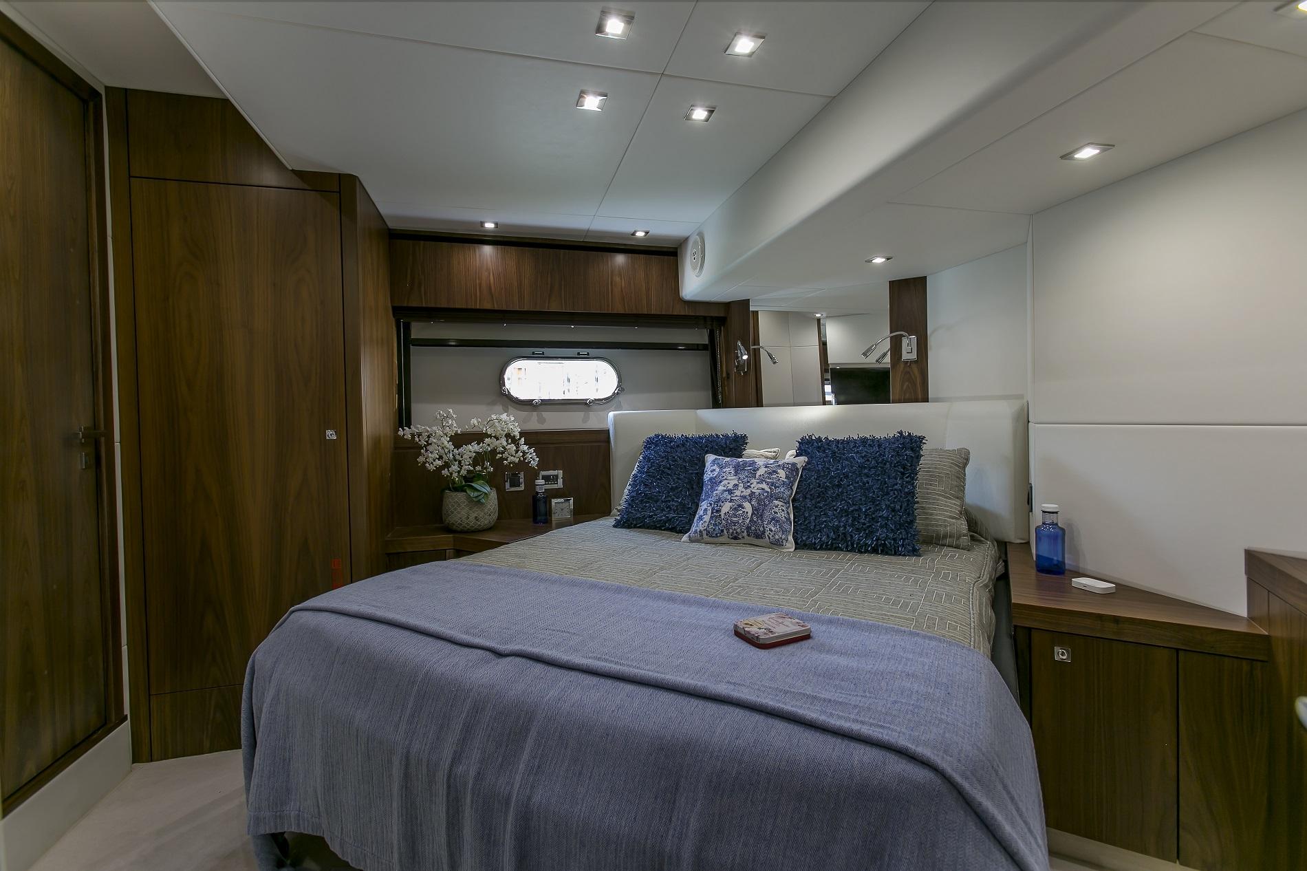 Sunseeker yacht 73M - Double cabin