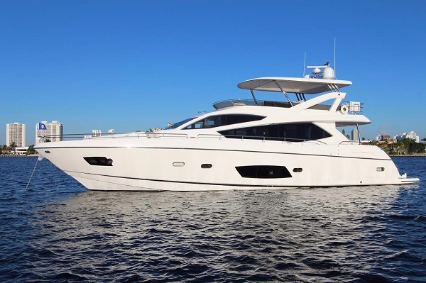 Sunseeker yacht 73M - Yacht