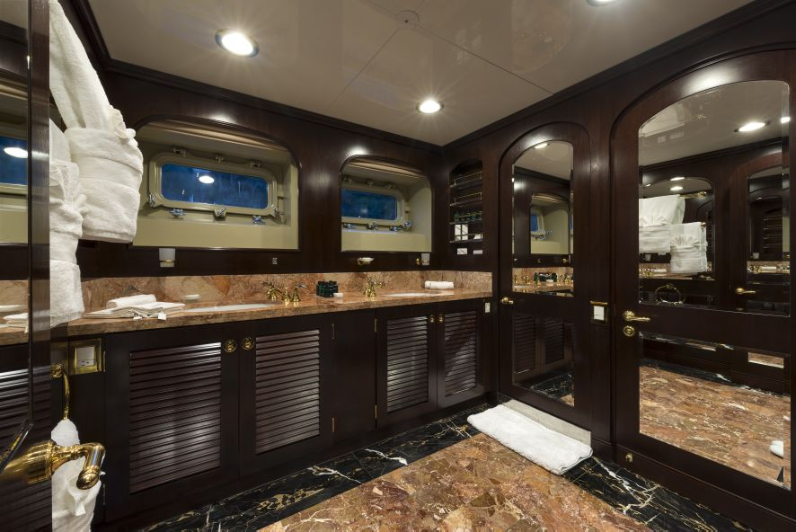 Super yacht THE WELLESLEY - Cabin ensuite