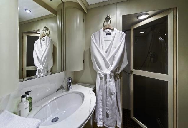 Superfun -  Bathroom