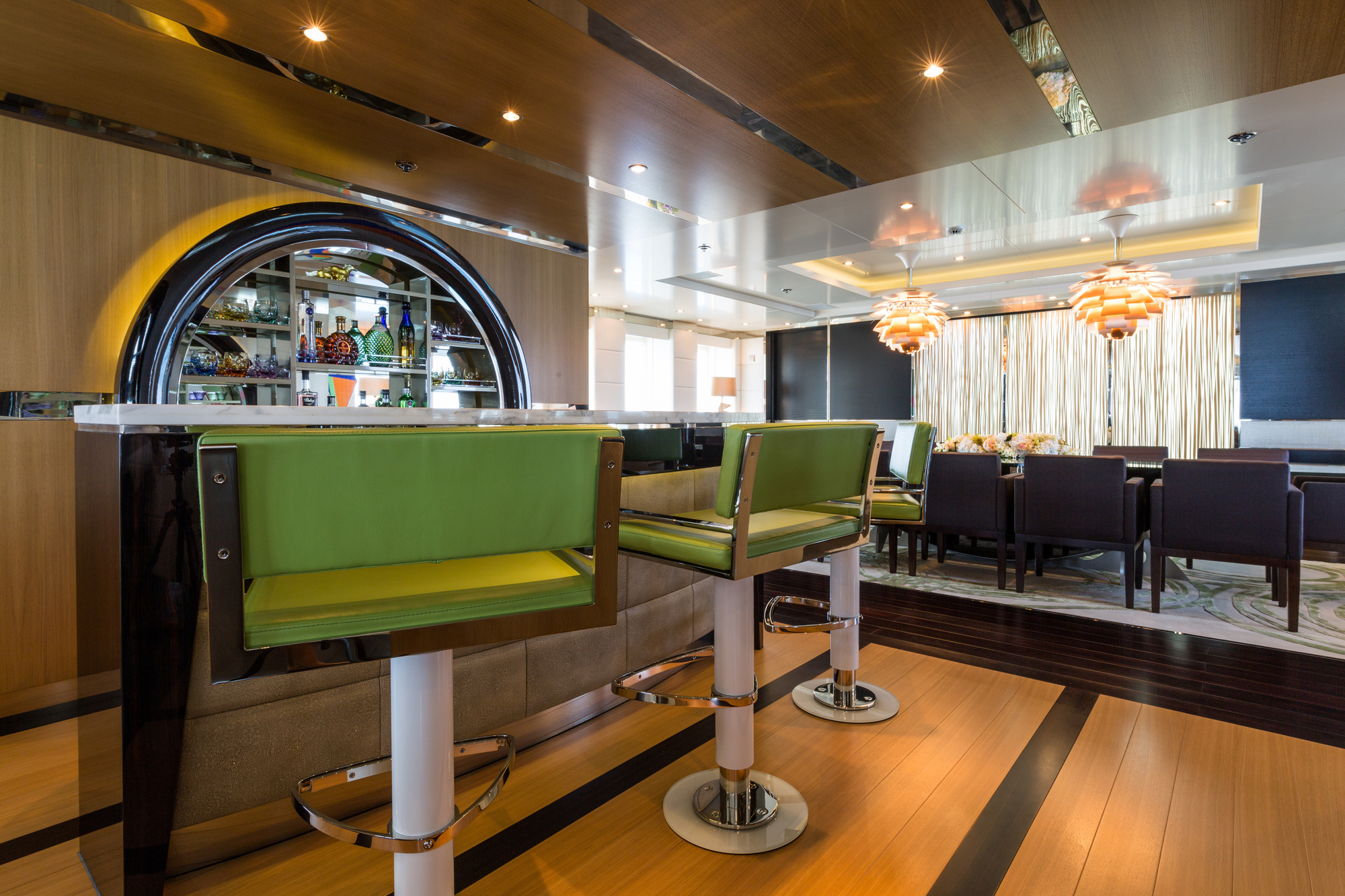 Superyacht ELYSIAN - Salon bar