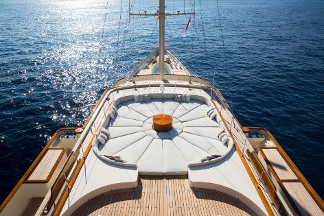 Superyacht NERO - Monkey Island Top Deck