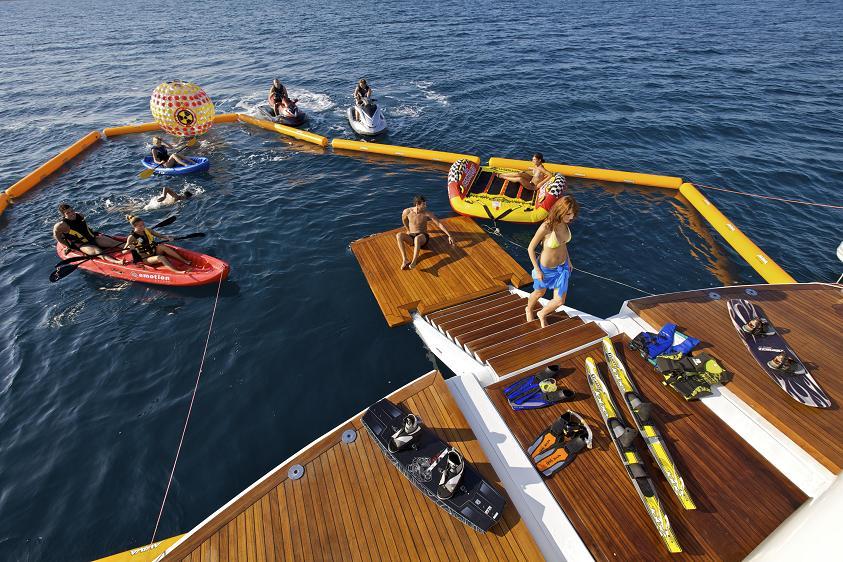 Superyacht OMEGA -Swim platform