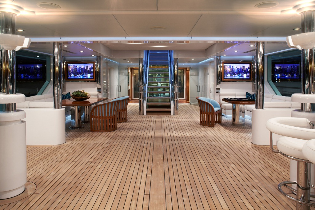 Superyacht PEGASUS V (ex PRINCESS MARIANA) -  Spacious Deck