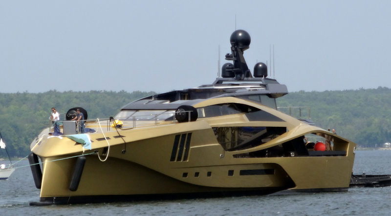 Superyacht PJ265 by Palmer Johnson on the water