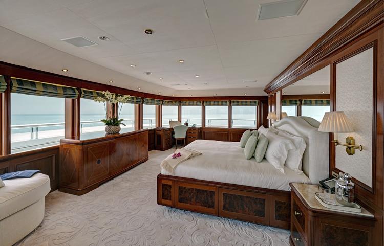 Superyacht TITANIA -  Upper Deck Master Suite