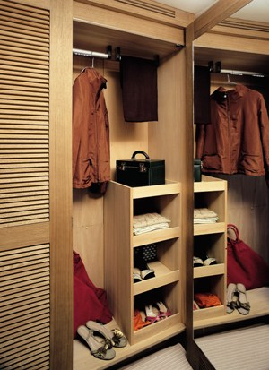 THE SULTANS WAY 001 - The Master Cabin Dressing