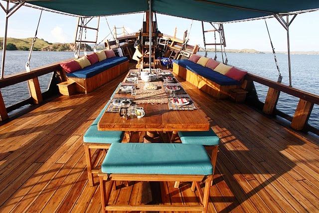 Tiger Blue -  Al fresco Dining