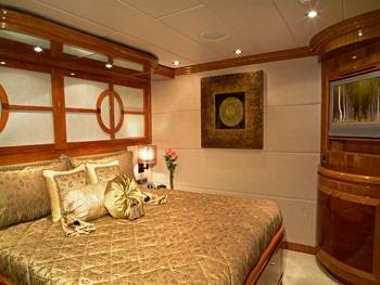 Tigers Eye -  VIP Suite