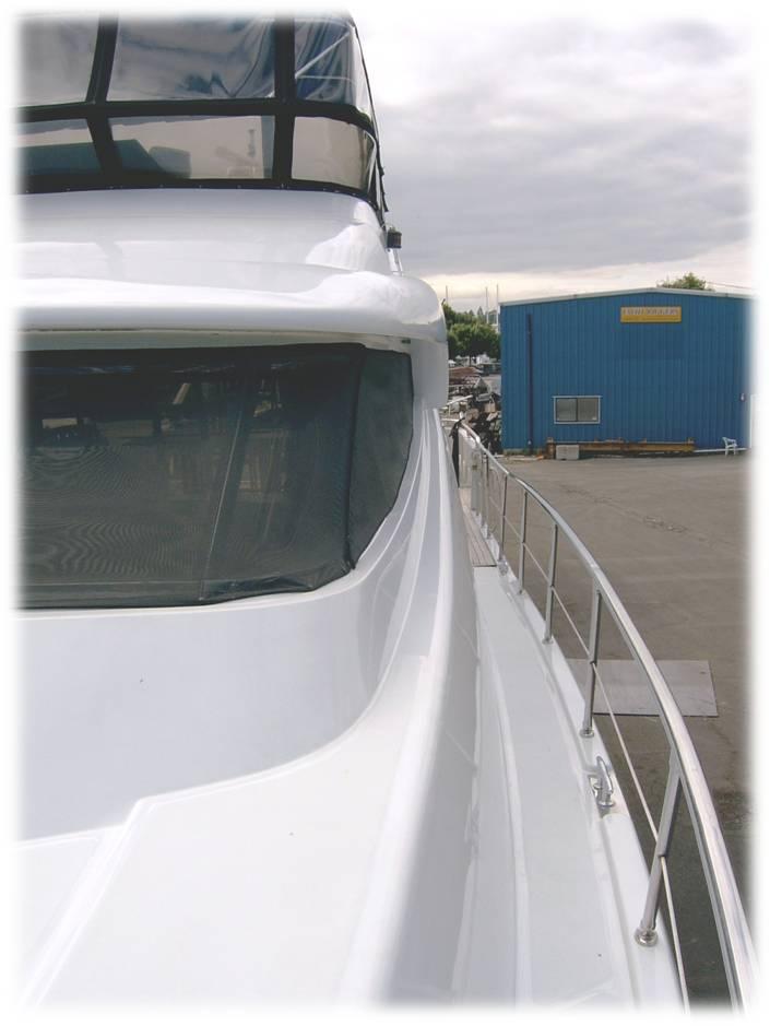 VIA MARE -  Side Deck
