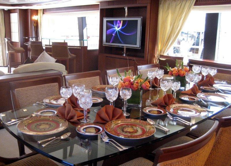 VIVERE -  Formal Dining