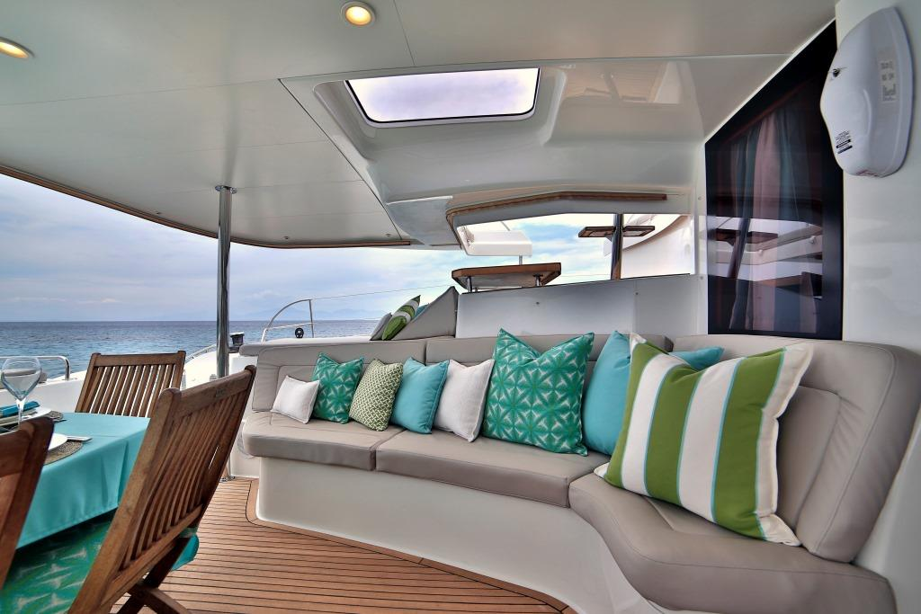 Worlds End - Aft deck seating