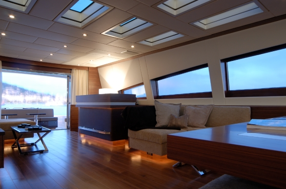 Yacht ALEON -  Salon looking Aft