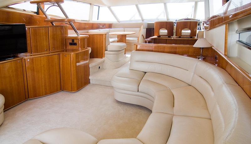 Yacht AMMOS - Main Salon