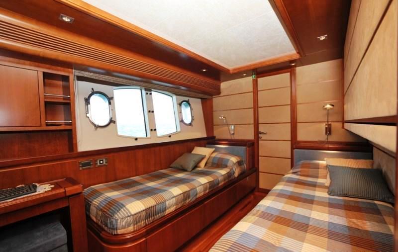 Yacht ANNE MARIE -  Twin Cabin