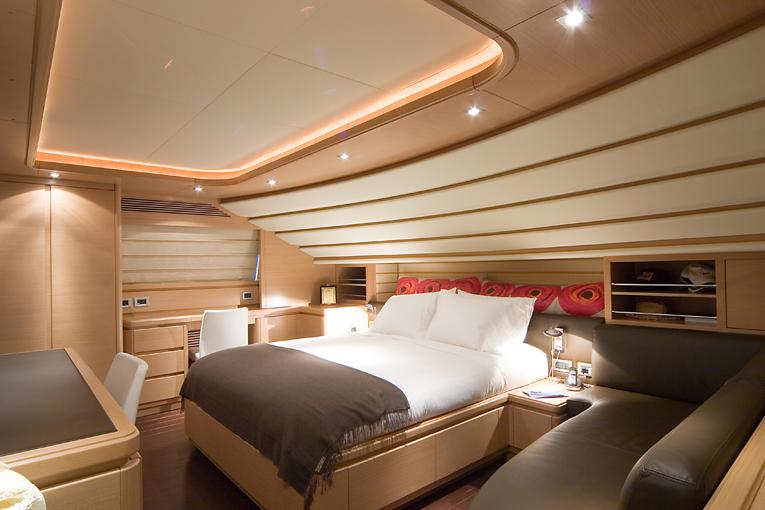 Yacht AQUAHOLIC - Master Cabin